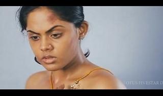 Tamil actress Karthika topless scene
