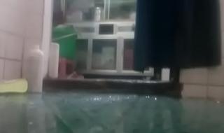 My Keep alive Pissing Toilet Hidden Cam