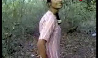 Indian inferior desi sex in public forest