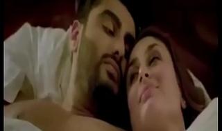 Kareena Kapoor and Arjun Kapoor hot Sex compilation in KI &amp_ KA