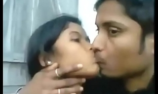 Desi Indian Girl Blowjob her BF Outdoor Hot