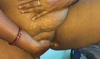 desi indian tamil telugu kannada malayalam hindi horny cheating spliced vanitha crippling blue colour saree showing big boobs and bald pussy press eternal boobs press nip rubbing pussy masturbation