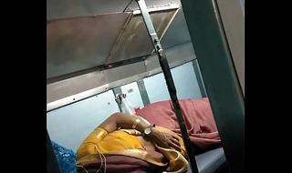 real bhabhi shows boobs in train