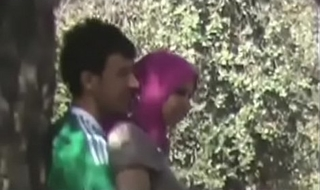 Couples Heads Horny Doiing Quicky at Park MMS-mc